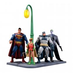 BATMAN : Dark Knight Returns - 30th Anniversary Figure Set