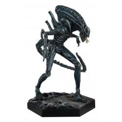 XENOMORPH WARRIOR (Aliens) - The Alien & Predator Figurine Collection